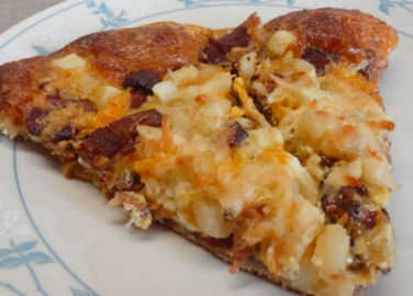 Image: This is how to make breakfast pizza