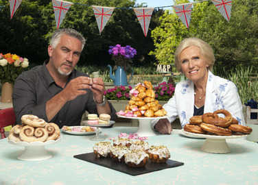 mary-berry-paul-hollywood-the-great-british-bake-off-homemade