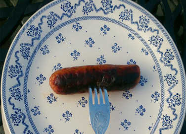 sausages-on-plate-homemade
