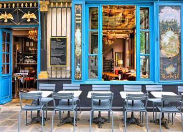 french-restaurant-exterior-homemade