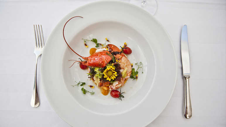 lobster-on-plate-homemade