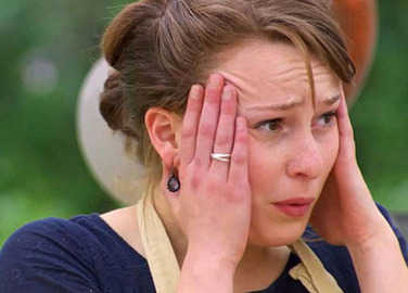 Image: 10 of the worst #bakingfails in GBBO history