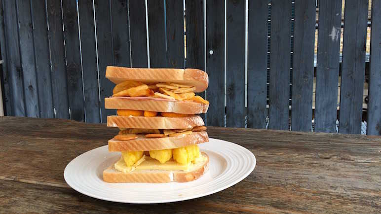 Image: How do you make the ultimate crisp sandwich?