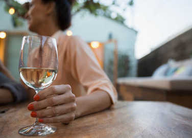 woman-with-glass-of-wine-homemade