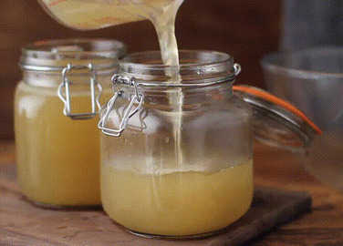Image: How to make turkey stock, in GIFs