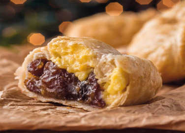 mince-pie-and-custard-pasty-homemade
