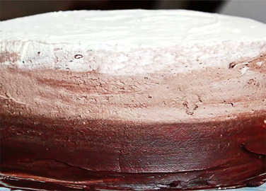 Image: Homemade tries: ombre icing