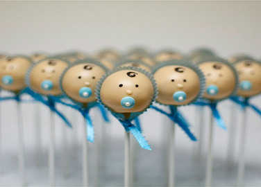 Image: 17 brilliantly outrageous baby shower cakes, snacks and nibble ideas
