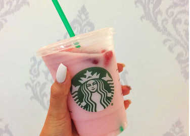 starbucks-pink-drink-homemade