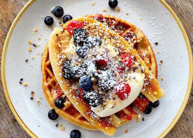 waffles-with-berries