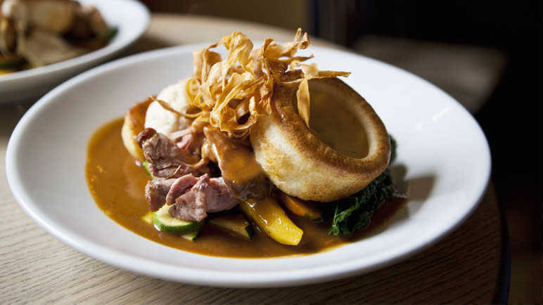 roast-dinner-with-yorkshire-pudding