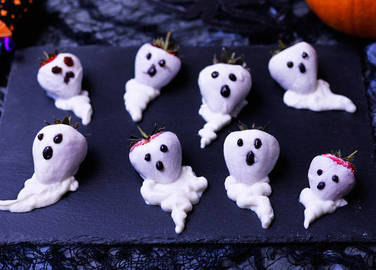 Image: Healthier Halloween treats to make with the kids
