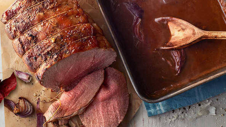 Image: Every gravy recipe you'll need this cosy season