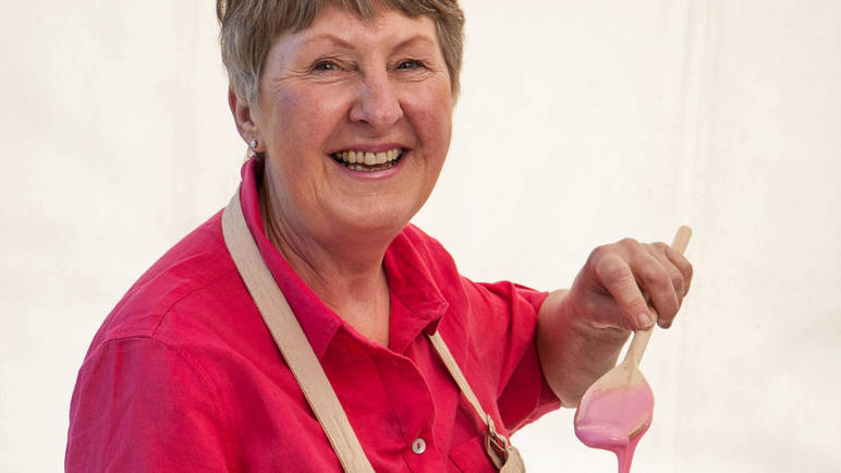 val-stones-great-british-bake-off