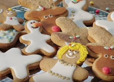 How To Make Your Own Gingerbread Family