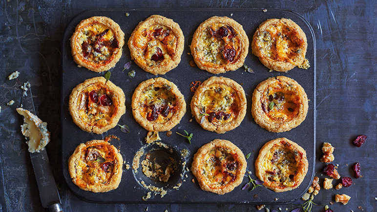 Image: Walnut tartlets with Stilton and dried cranberries