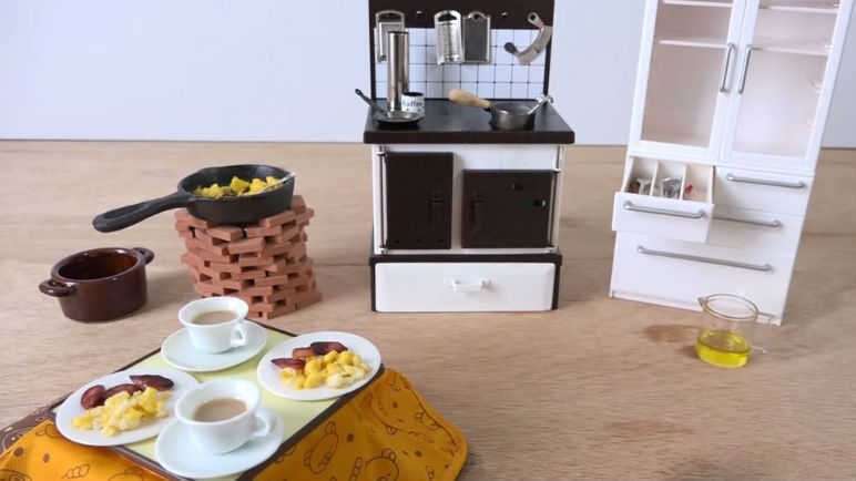 Image: Say hello to the world's smallest breakfast cooked on a tiny stove.