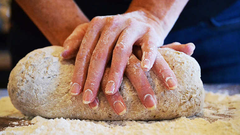 Image: 12 tips to baking homemade bread