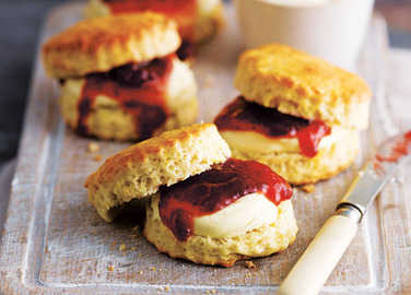 Image: How to make scones