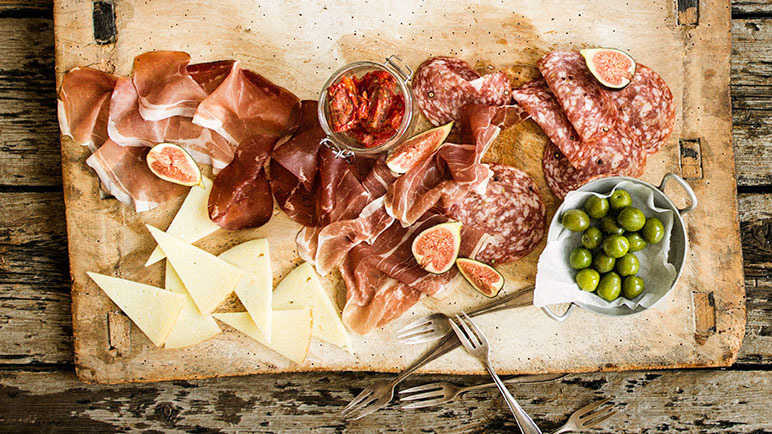 Continental Meat and Antipasti Sharing Selection
