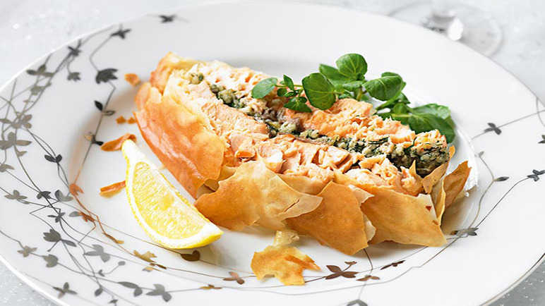 Salmon and Dill Pesto en Croute