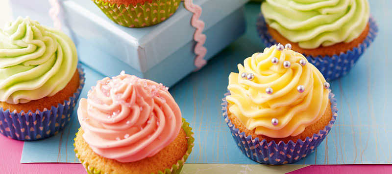 cupcakes with buttercream