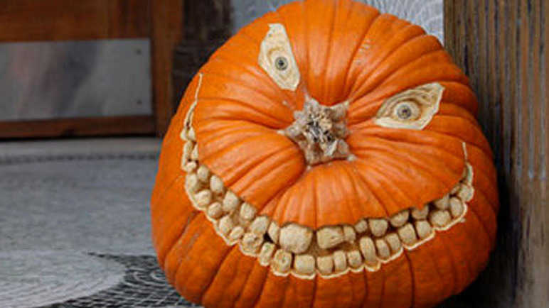 scary-face-halloween-pumpkin-homemade