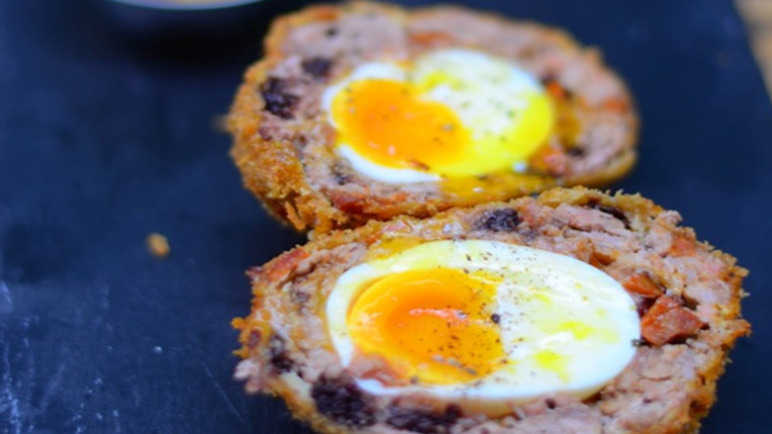 chorizo-scotch-egg-homemade