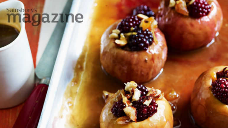 Baked toffee apples with blackberries