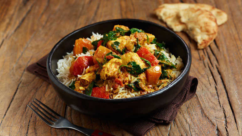 Chicken, vegetable & spinach curry