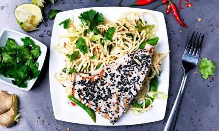 Sesame crusted tuna with noodle salad