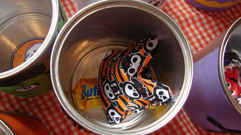 Beanbag in a can game