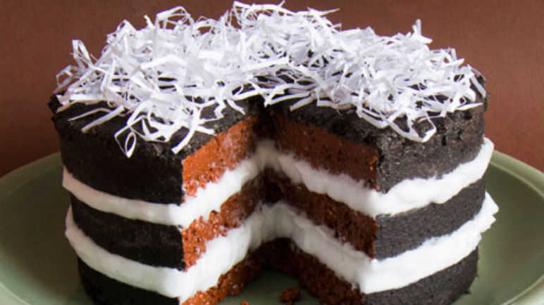 Triple layered mud cake