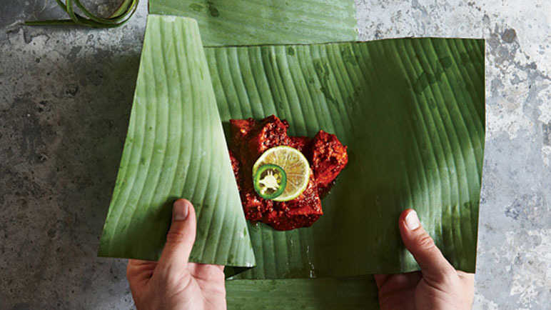 How to Make Banana Leaf Wraps