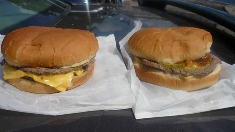 6. Burgers that tasted like they were boiled