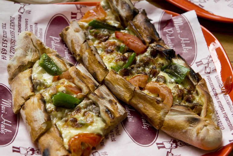 Pide with cheese
