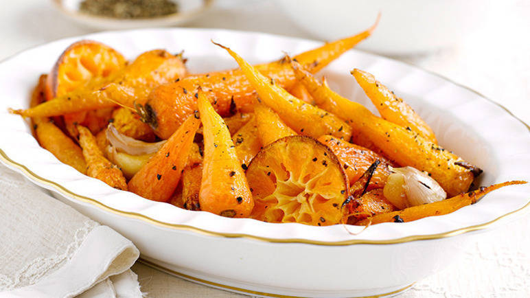 Roasted garlic & clementine carrots
