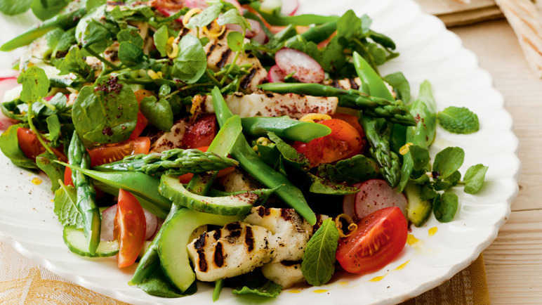 Asparagus, halloumi and Mediterranean zesty salad