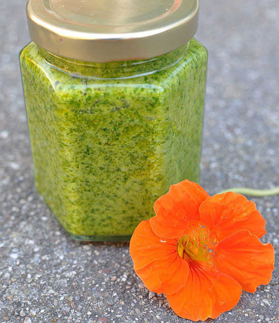 Flower power pesto
