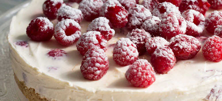 Easy raspberry cheesecake