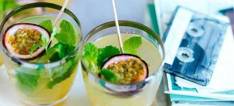 Passion fruit, mint and rum cocktails
