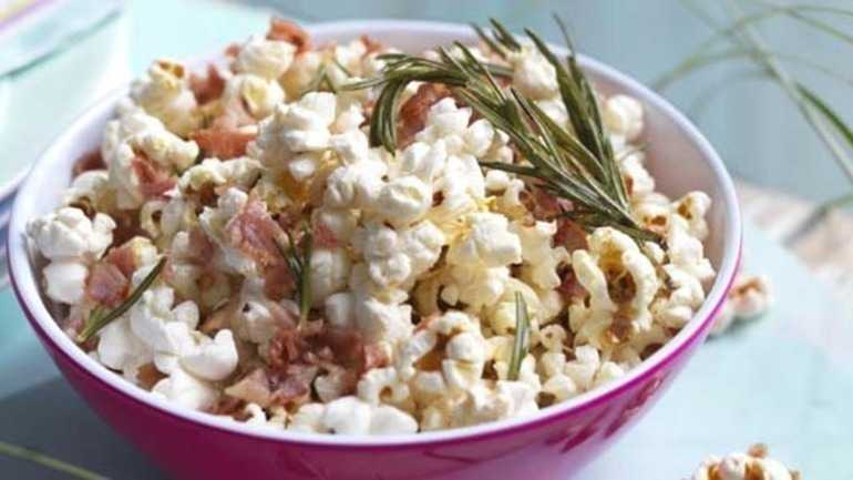 Barbecued bacon and rosemary popcorn