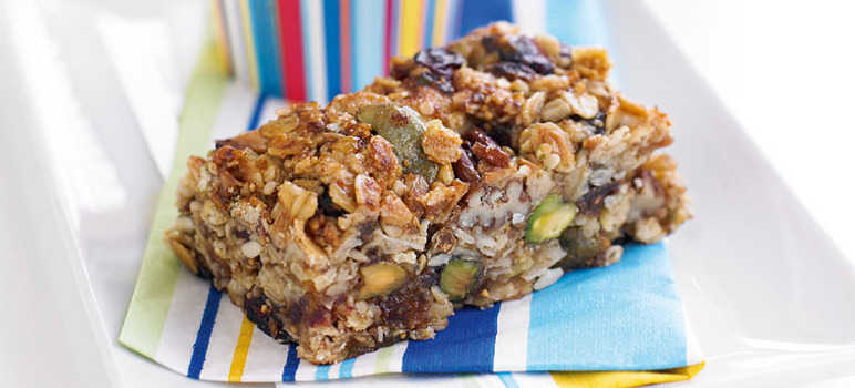 Fruity nut bars