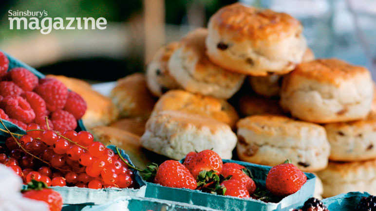 Buttery scones with jam and cream