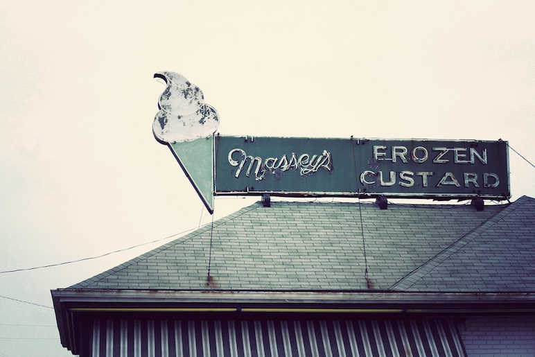 Frozen custard sign