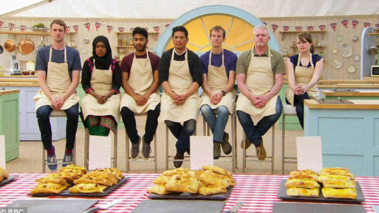 great-british-bake-off-contestants-judging-pastry-week
