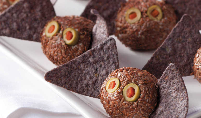 Mini batty cheese balls