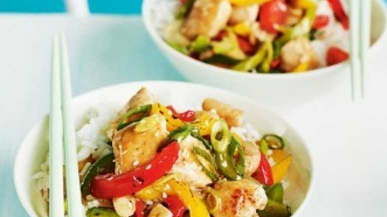Sesame chicken and pepper stir-fr image