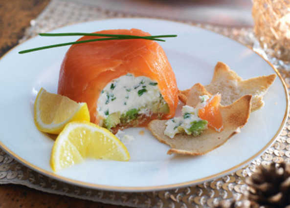 Salmon parcels with melba toas image