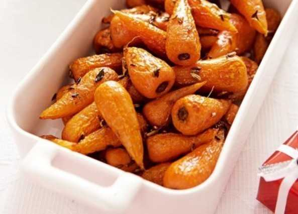 Roasted carrots with fennel seeds & thyme